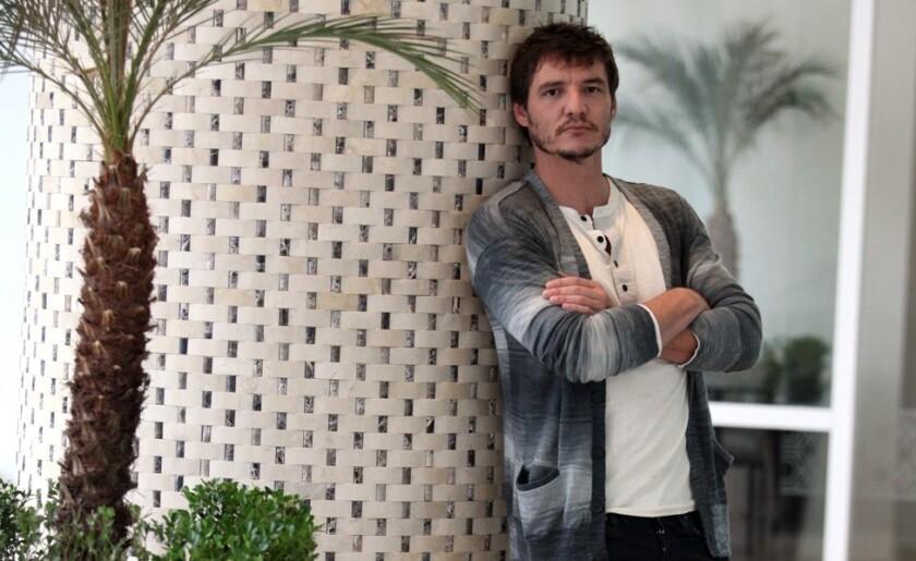 """El actor conocido por su papel en """"Narcos"""" hace ahora de un personaje vinculado a una saga de mucho relieve."""