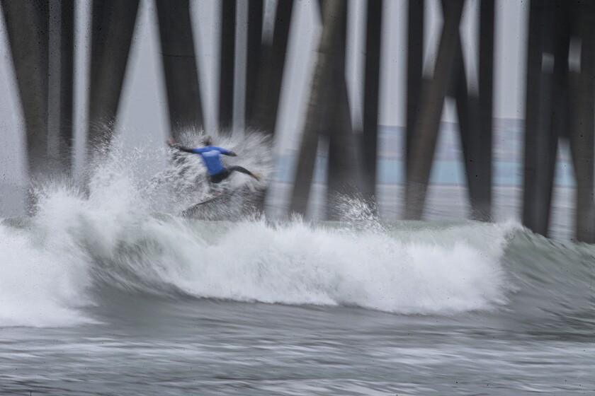 Huntington Beach, CA, Sunday, Sept. 26, 2021 - Kanoa Igarashi competes in a quarterfinal heat at the US Open of Surfing at Huntington Beach. (Robert Gauthier/Los Angeles Times)
