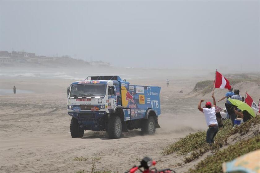 Excluyen un camión ruso del Dakar por atropellar a un espectador y no auxiliarlo