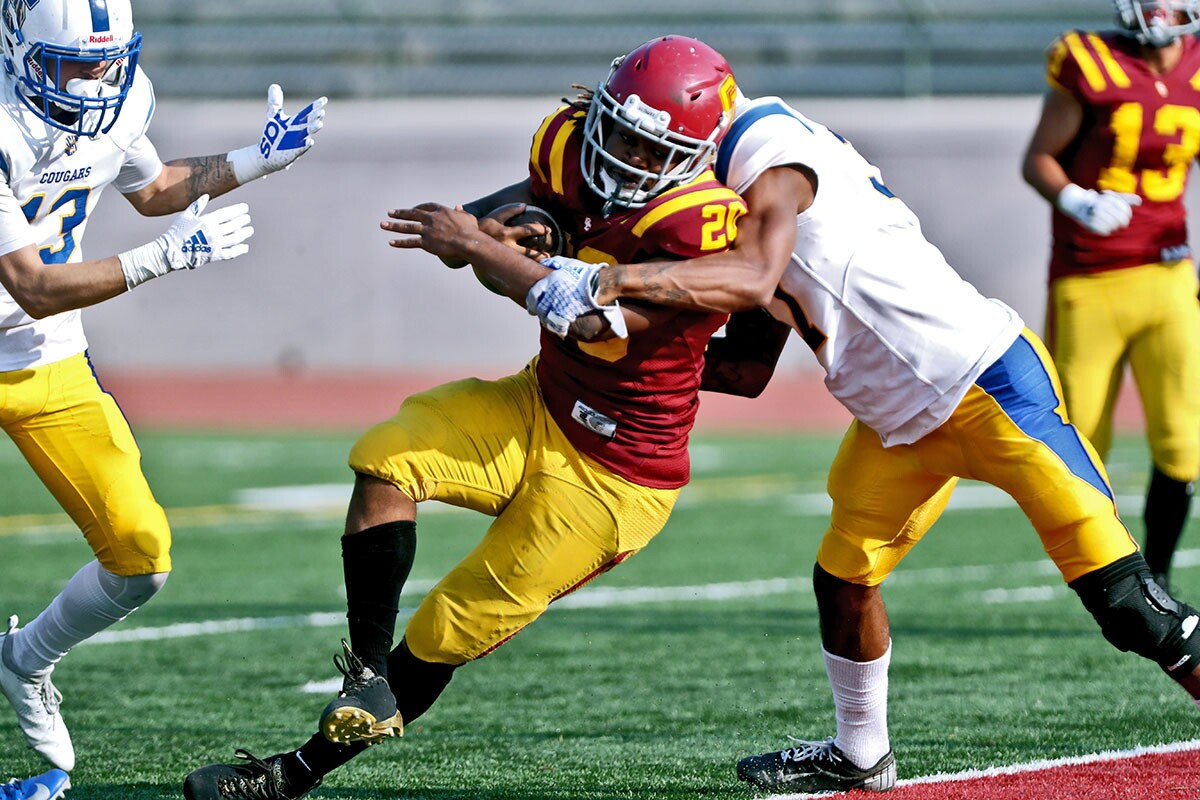 Photo Gallery: Glendale College football finishes strong against L.A. Southwest College