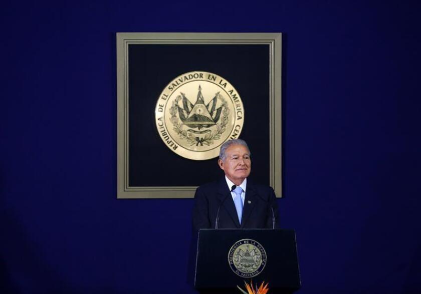 El presidente de El Salvador felicita a López Obrador y al pueblo mexicano