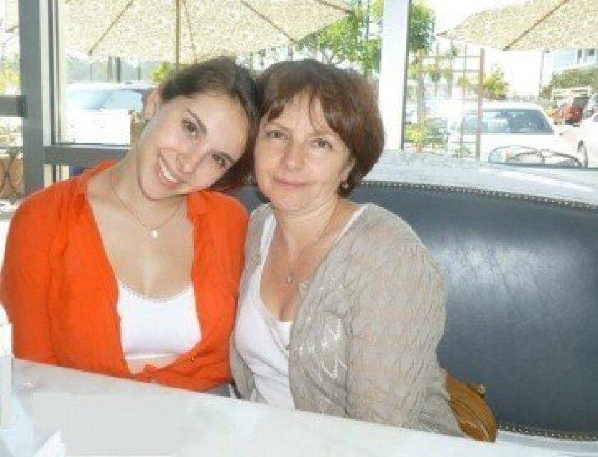 Nicole Minevich and Sofia Minevich