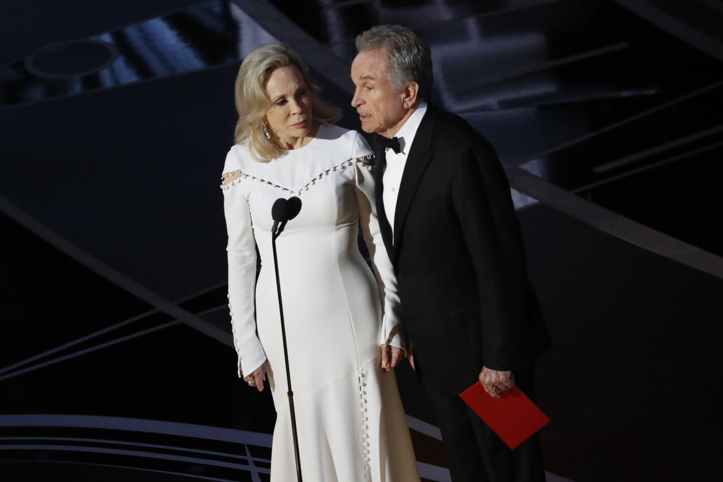 Presenters Faye Dunaway and Warren Beatty are onstage and about to read the Oscar winner for best picture.