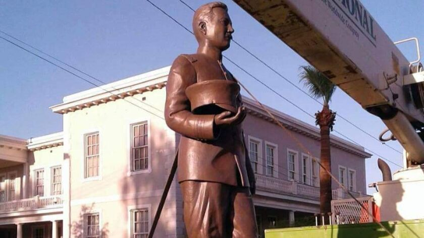 A larger-than-life statue of Col. Esteban Cantu Jimenez was unveiled Friday in front of the first school in northern Baja California. He opened the Mexicali school on Sept. 16, 1916 when he was governor of the territory. It now serves as a cultural center.