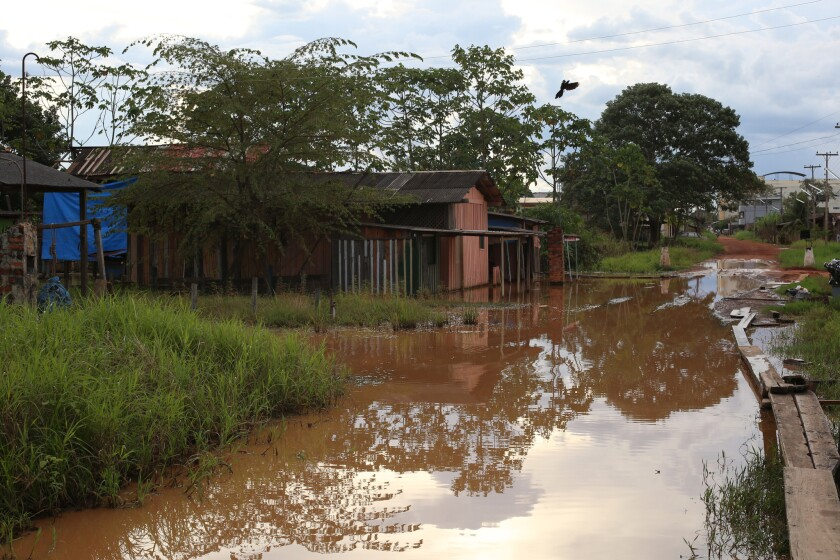 In Guayaramerin, flooding has intensified year after year and the effects of the 2014 flood can stil