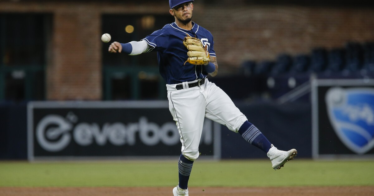 Padres notes: Second thoughts on Gabriel Arias; Black and brown; Ona's plan