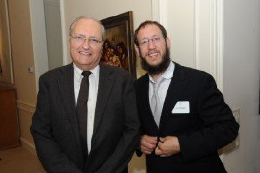 Guest speaker Efraim Zuroff with Rabbi Levi Raskin. Photo/Jon Clark