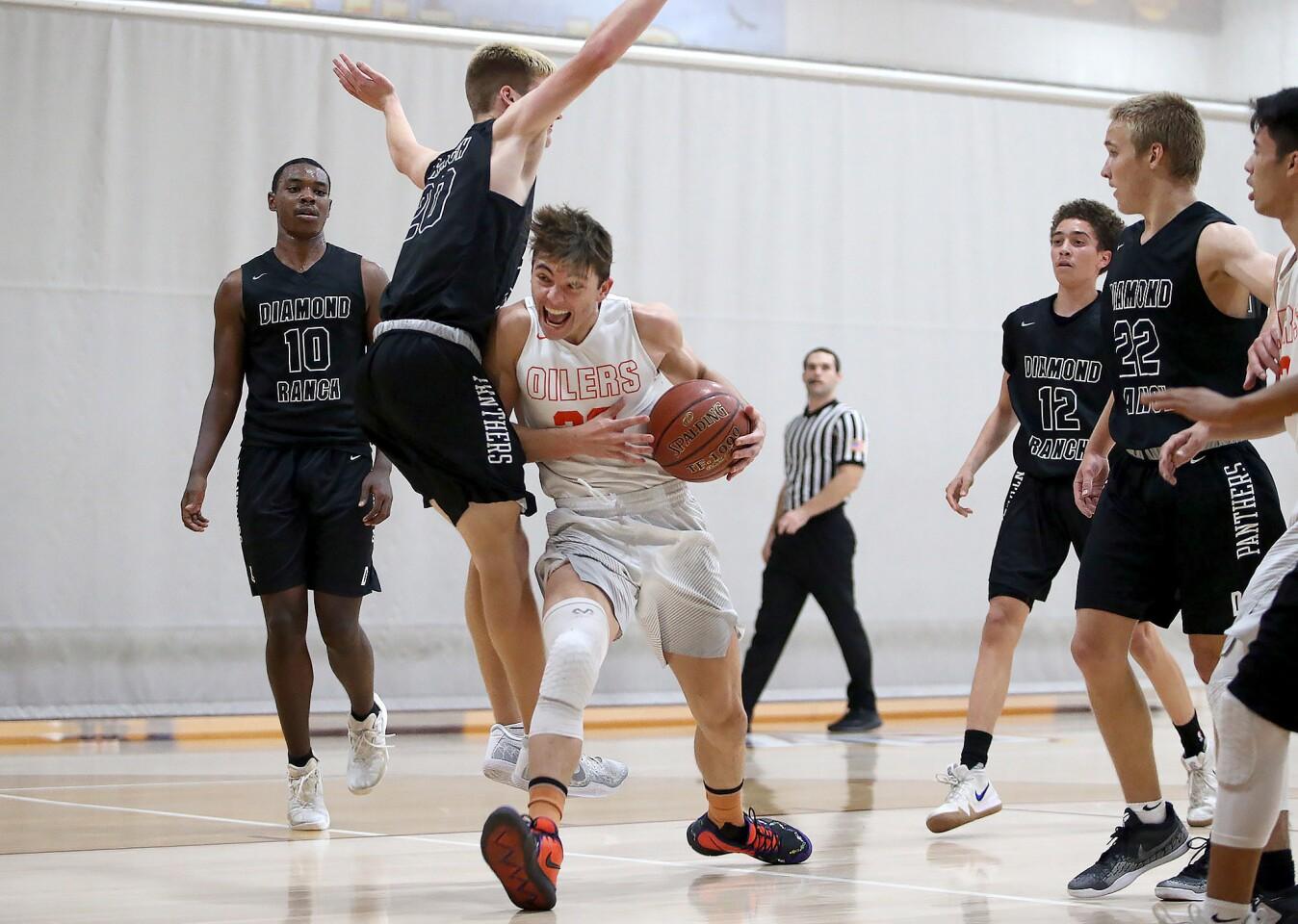 Photo Gallery: Huntington Beach vs. Pomona Diamond Ranch in boys' basketball