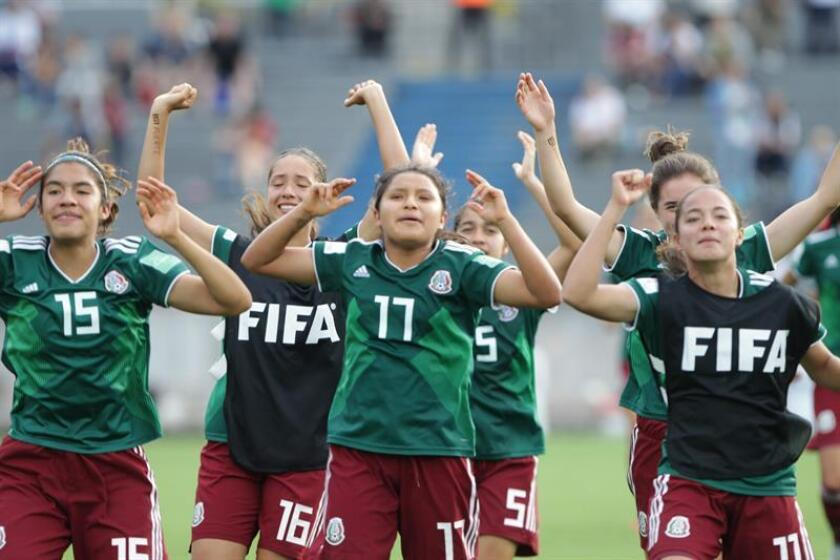 Mexico's players celebrates the victory during the quarter-final match of the U-17 Women's World Cup between Mexico and Ghana, at the Charrua stadium in Montevideo, Uruguay, 25 November 2018. EPA-EFE/Federico Anfitti