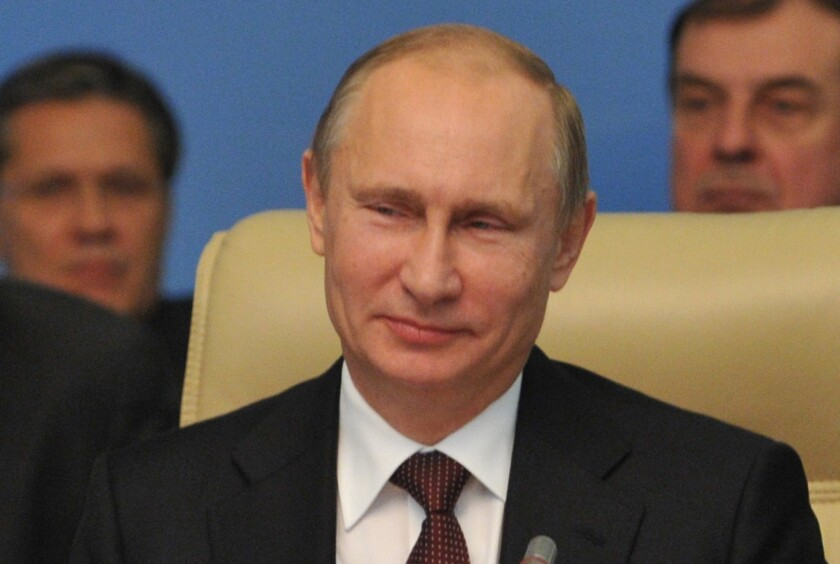 Syrian weapons deal helps Putin and Assad, say Russian observers