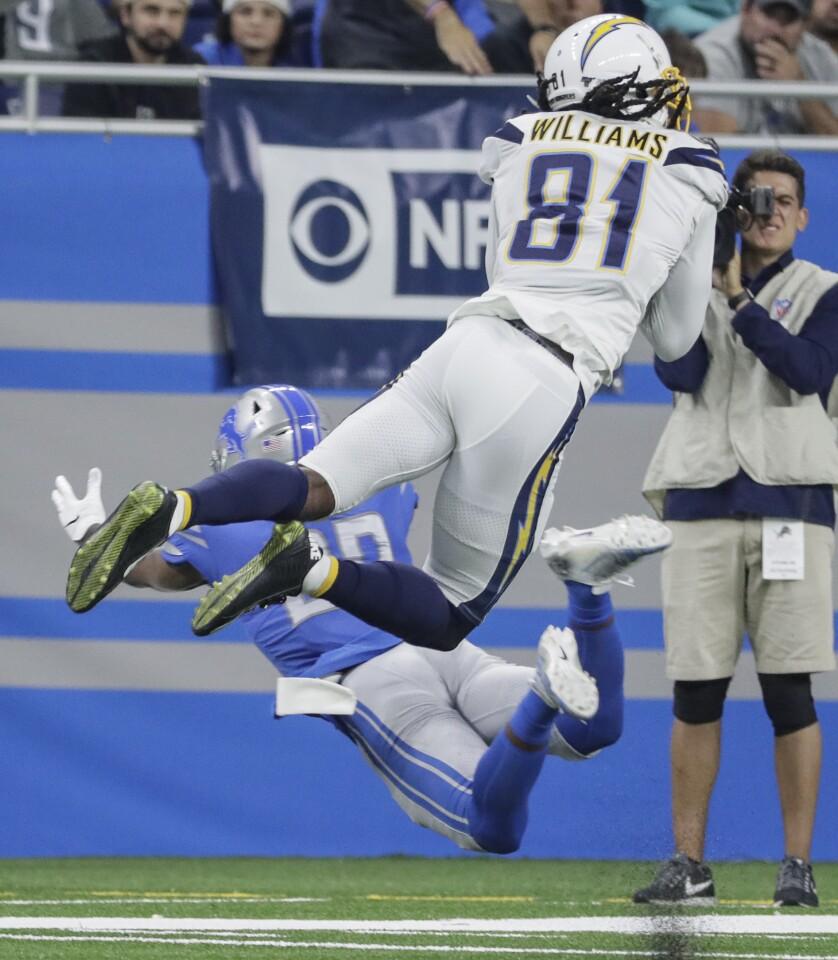 Photos: Los Angeles Chargers vs. Detroit Lions - Los Angeles Times