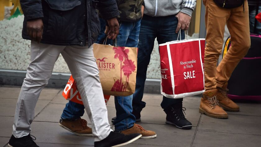Boxing Day Bargain Hunters Hit The High Street