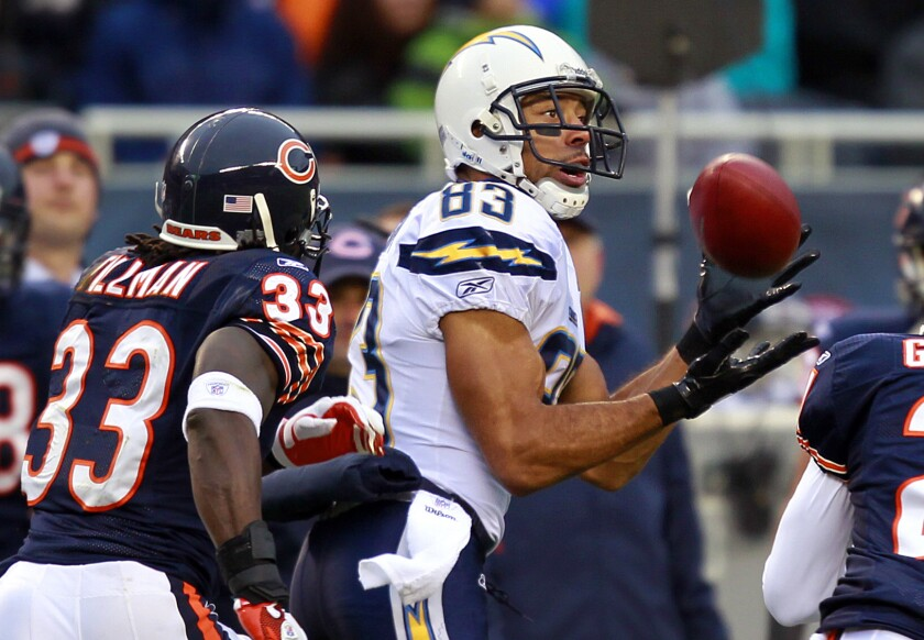 Vincent Jackson catches a pass against the Bears at Soldier Field on Sunday, Nov. 20, 2011.