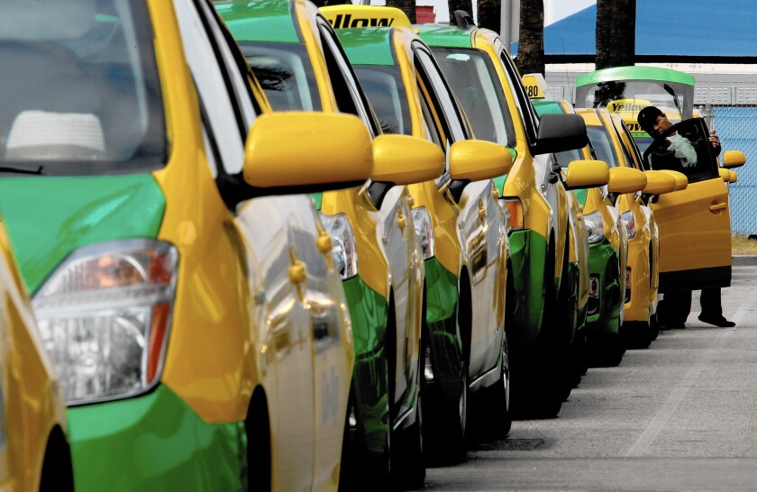 Long Beach allows taxis to lower fares as they compete with Uber, Lyft