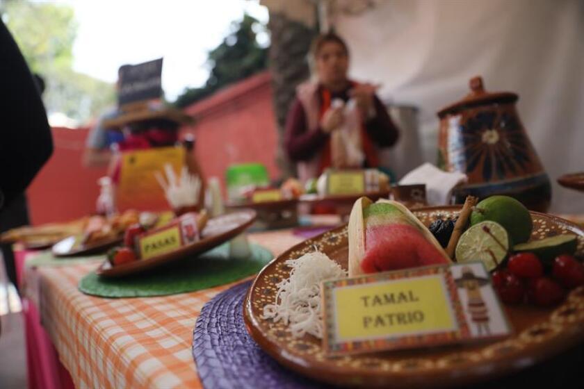 Asistentes a la Feria del Tamal hoy viernes 02 de febrero de 2019 en Ciudad de México (México). EFE