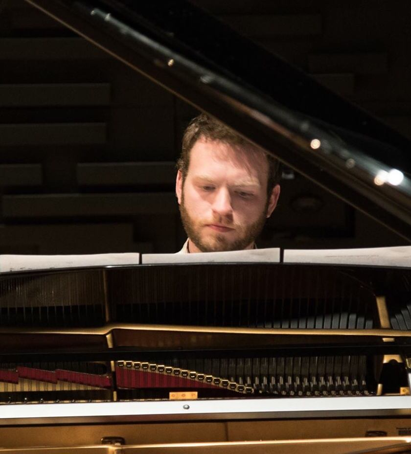 Glendale area events: Concert to feature solo pianist