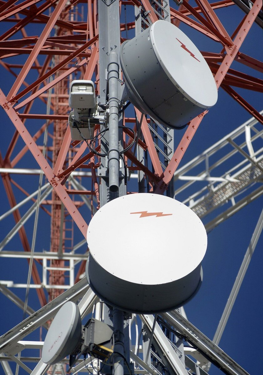MaxLinear is expanding into wireless infrastructure with the $80 million purchase of Broadcom's wireless infrastructure backhaul division.