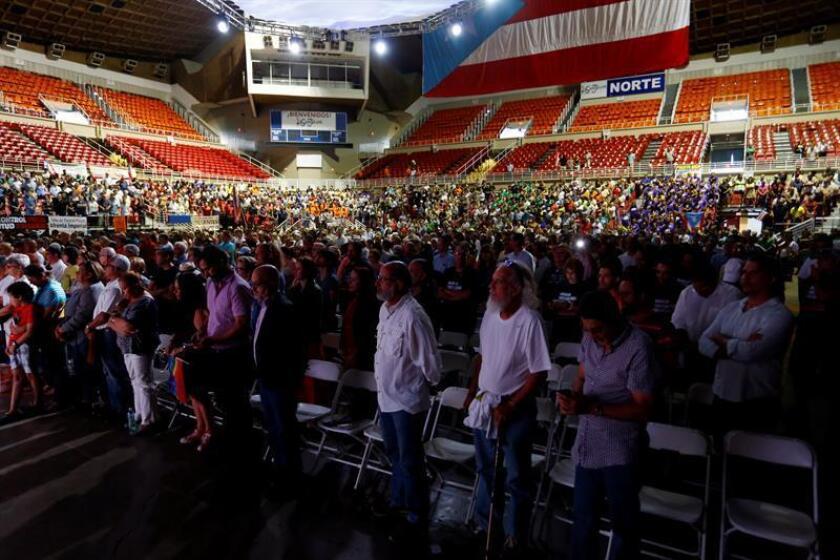La oficina del censo de Estados Unidos publicó hoy los estimados anuales de la población más recientes para Puerto Rico, en los que se refleja que la misma en total ha disminuido un once por ciento desde su pico en 2004. EFE/ARCHIVO