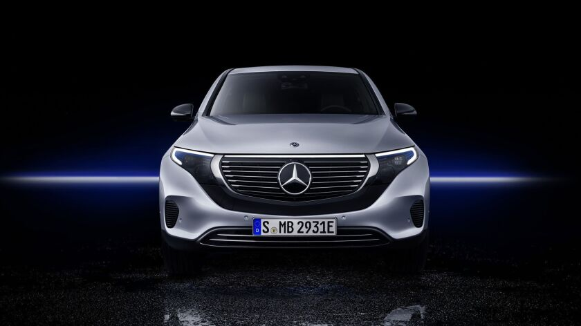 Mercedes-Benz EQC 400 4MATIC, (BR N293) / Hightechsilber / Interior: Electric Art / Der neue Mercede