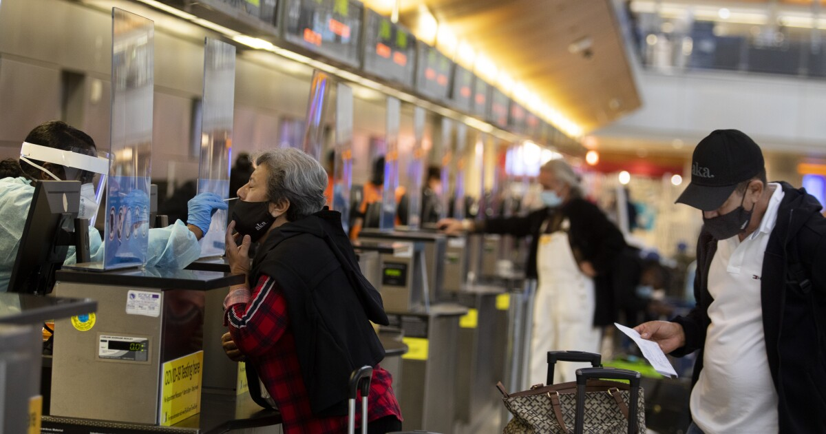 CDC's last-minute advice on travel for Thanksgiving: Don't do it