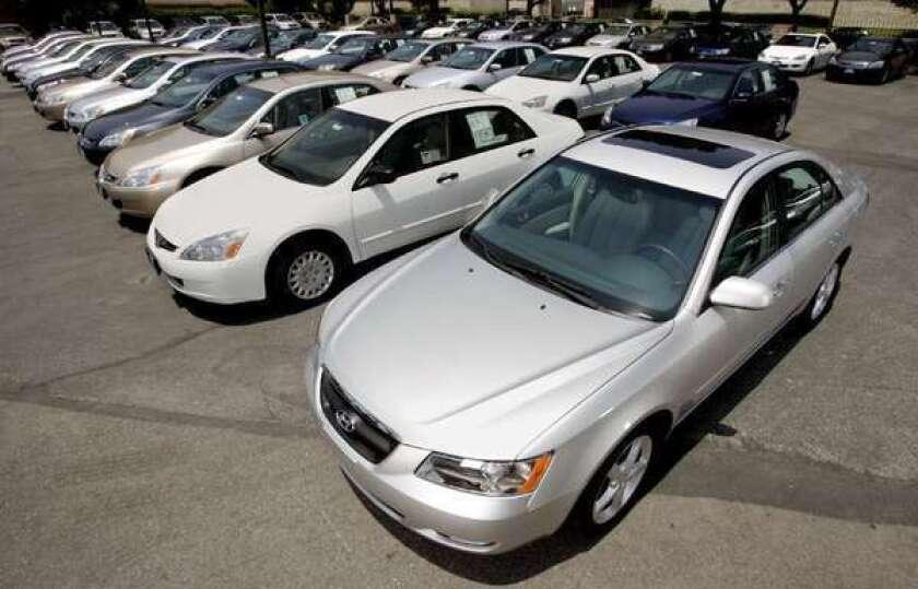 Hyundai announces big Sonata, Azera recall to fix rust