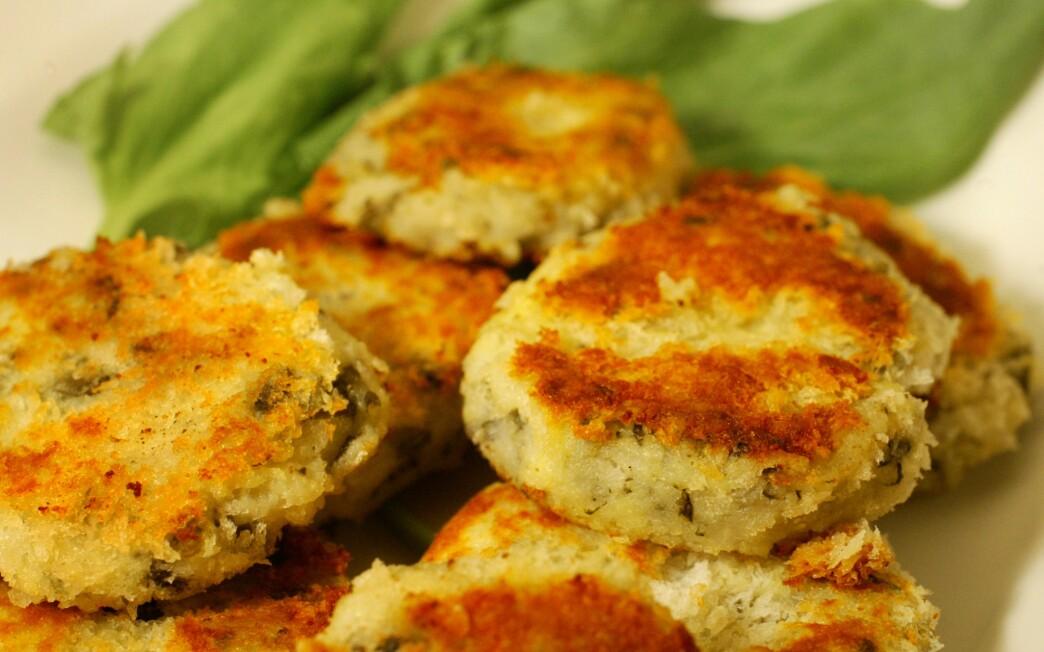 Sorrel potato cakes