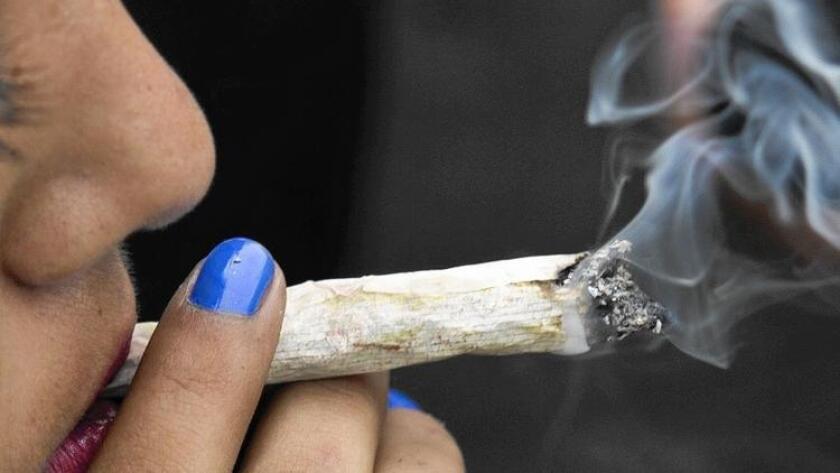 """Usar la marihuana para sentirse """"arriba"""" ha sido despenalizado en California desde mediados de la década de 1970."""