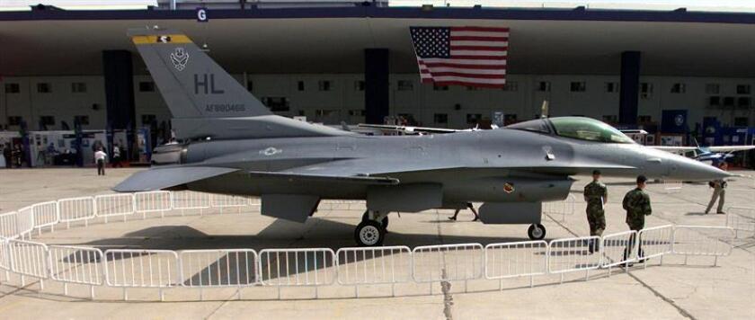 Lockheed Martin anunció hoy un acuerdo con el Departamento de Defensa para fabricar 90 cazas F-35 por 8.500 millones de dólares, un ahorro de 728 millones a las arcas públicas tras las críticas del presidente Donald Trump al programa. EFE/ARCHIVO