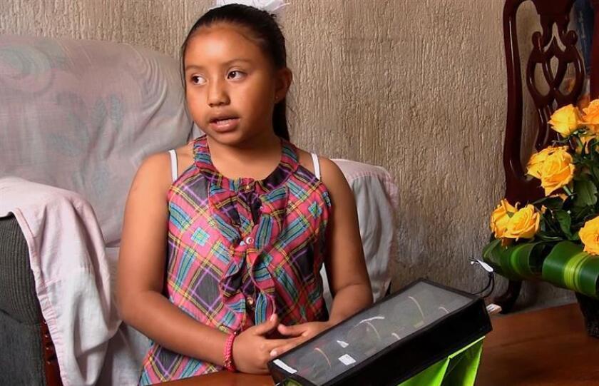 Fotograma extraído de un vídeo del 26 de febrero de 2018, que muestra a la niña Xóchitl Guadalupe Cruz López, durante una entrevista con Efe, en la ciudad de San Cristóbal de Las Casas, en Chiapas (México). EFE/MEJOR CALIDAD DISPONIBLE