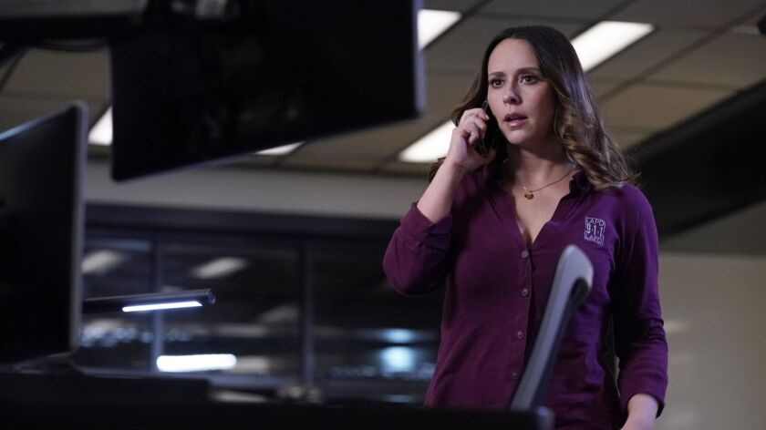 """9-1-1: Jennifer Love Hewitt in the """"Help Is Not Coming"""" episode of 9-1-1 airing Monday, Oct. 1 ("""