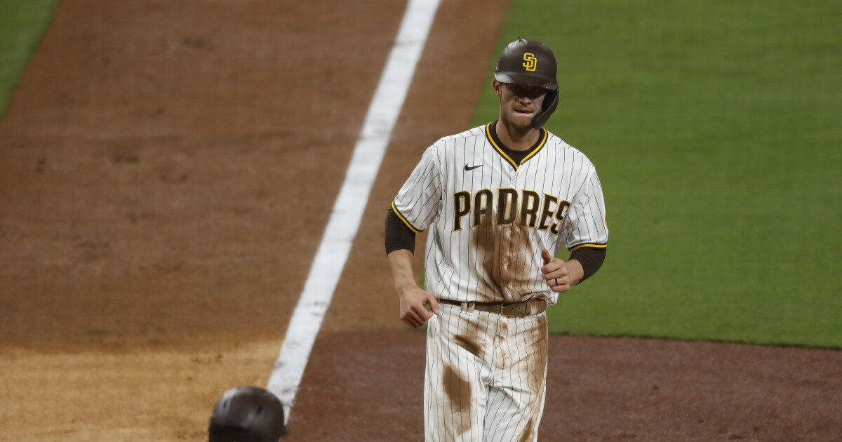 Padres get first hit in seventh inning, go on to beat Pirates