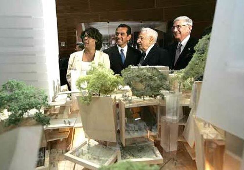 Councilwoman Jan Perry, Los Angeles Mayor Antonio Villaraigosa, Architect Frank Gehry, and Eli Broad, co-chair of the Grand Avenue Committee, were on hand at the unveiling of the design for the mixed-use development.