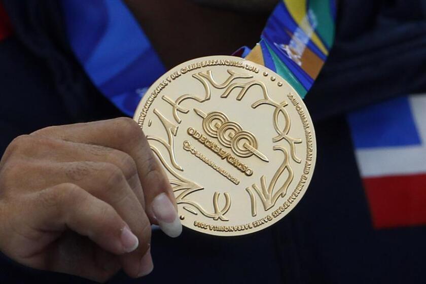 Fotografía de una medalla de oro de los Juegos Centroamericanos y del Caribe 2018. EFE