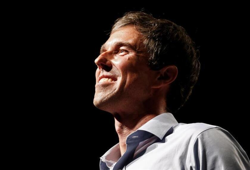 Foto de archivo del entonces candidato demócrata al Senado Beto O'Rourke durante un mitin electoral en El Paso, Texas (Estados Unidos) el 5 de noviembre de 2018. EFE