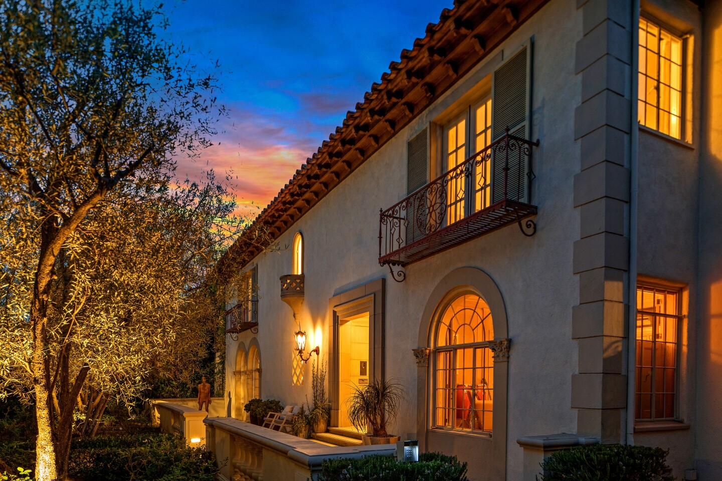 Built in the '20s but recently updated, the nearly 11,000-square-foot mansion in Beverly Hills Flats mixes period details with modern amenities. In the Beverly Hills Flats, a dramatic remodel gave this 1920s Mediterranean modern updates including a chef's kitchen and movie theater. Asking price: $25 million.