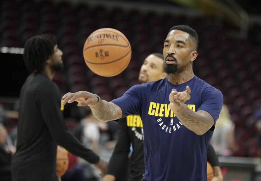 JR Smith warms up before a game between his former team, the Cleveland Cavaliers, and Golden State Warriors.