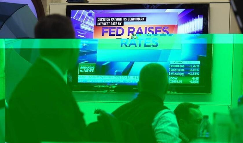 """El presidente de la Reserva Federal de San Francisco, John Williams, señaló hoy que la posibilidad de tres subidas de tipos de interés a lo largo de 2017 es un perspectiva """"muy razonable"""" ante la esperada política de estímulo fiscal del presidente electo, Donald Trump. EFE/ARCHIVO"""