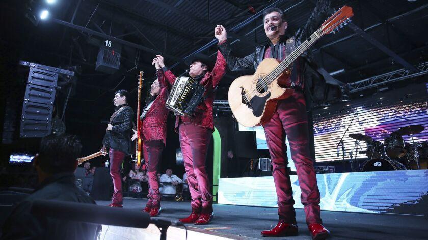 Los Tigres del Norte and Ramon Ayala Live in Dallas