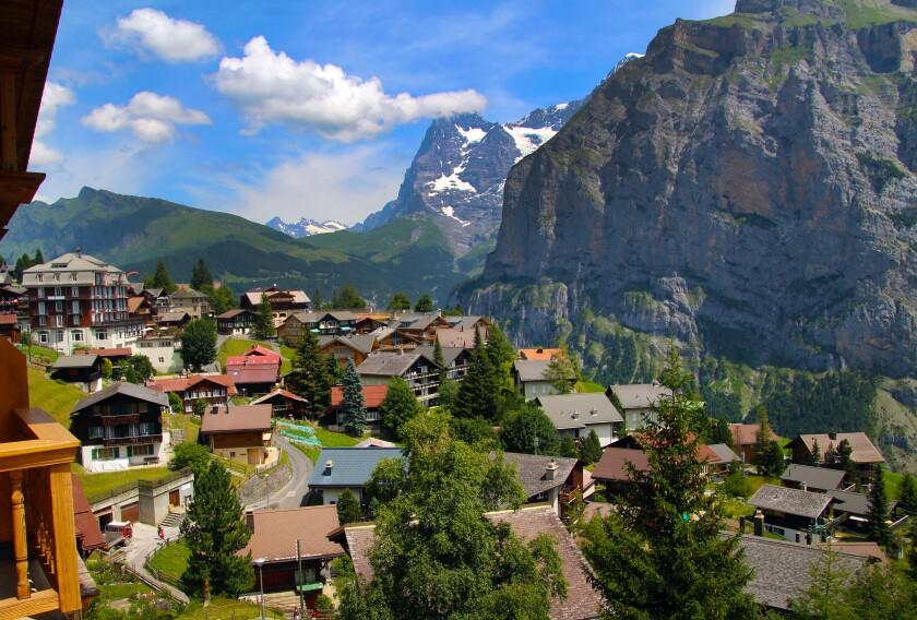View from Alpenhof Hotel, Muerren.jpg