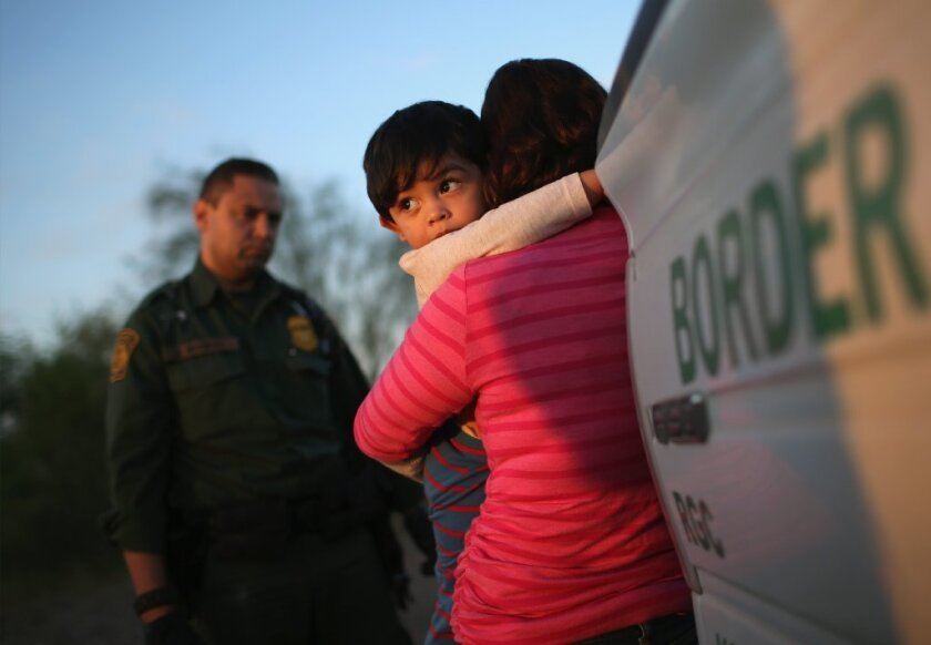 Inicia serie de fotos informativos para la comunidad sin documentos legales en Estados Unidos.