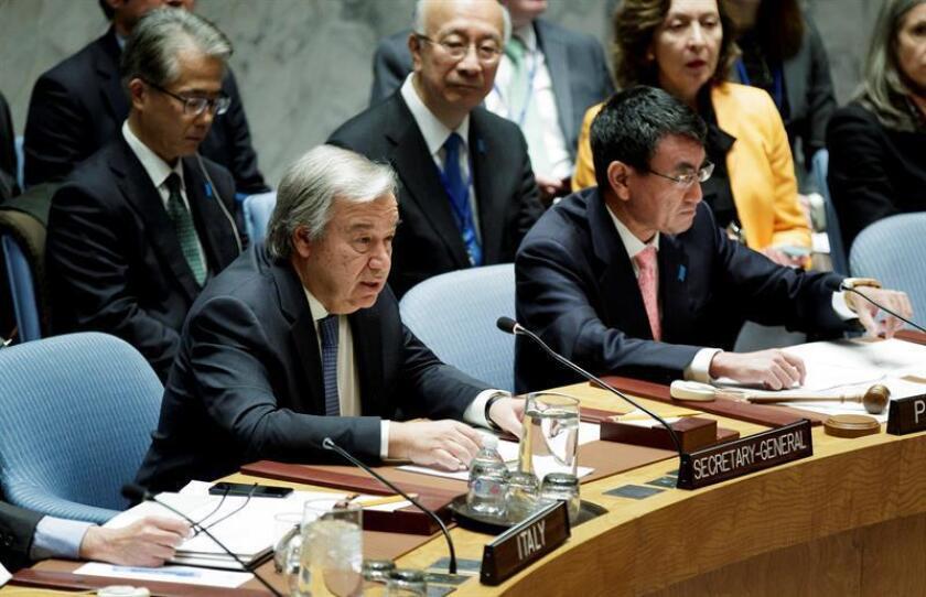 El Secretario General de la ONU, Antonio Guterres (izda), tiene la palabra durante la reunión del Consejo de la Naciones Unidas. EFE/Archivo