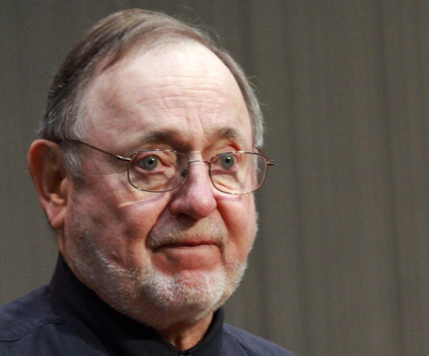 """Alaska Rep. Don Young has apologized for using the racial slur """"wetbacks"""" in referring to Hispanic migrant workers."""