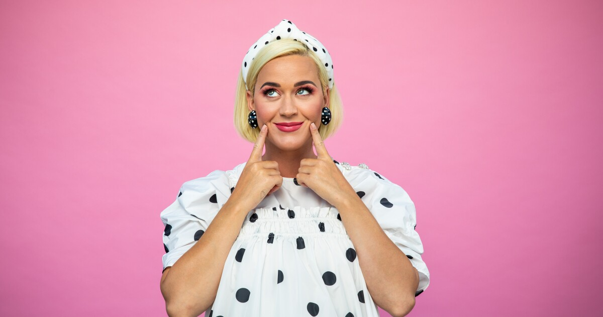 """Katy Perry on """"Smile,"""" awaiting baby with Orlando Bloom - Los Angeles Times"""
