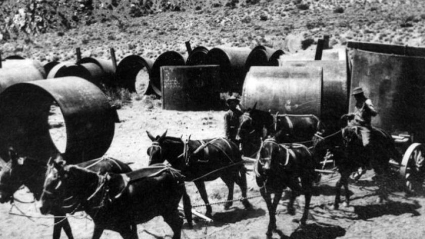 The Los Angeles Aqueduct, which transports water from the Owens Valley to Los Angeles, was built in