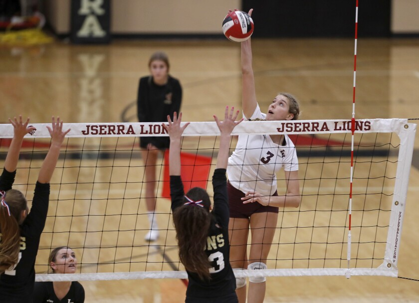 tn-dpt-sp-lb-laguna-jserra-volleyball-20190911-1.jpg
