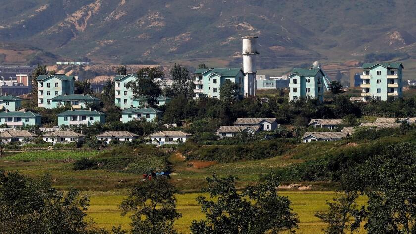 fake-town-made-by-north-korea-s-border