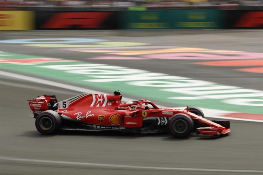 El alemán Sebastian Vettel (Ferrari) corre durante el Gran Premio de México hoy, domingo 28 de octubre de 2018, en el Autódromo Hermanos Rodríguez, en Ciudad de México (México). EFE