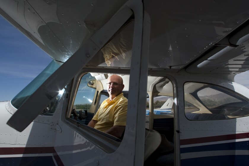 Pilot stopped by federal agents
