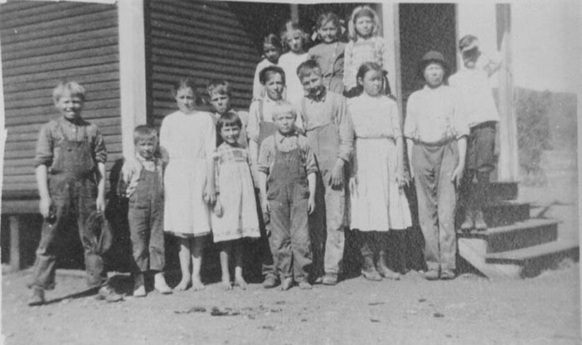 merton school  1913.jpg
