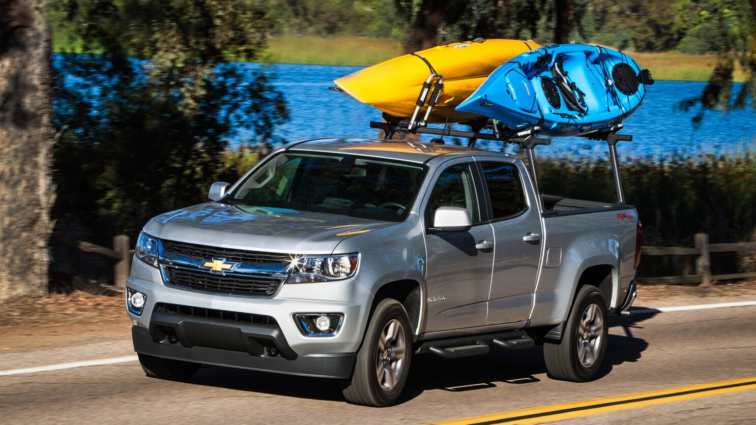 Review 2018 Chevy Colorado 4wd Lt Finally A Midsized Truck That Isn T Built Too Big Los Angeles Times